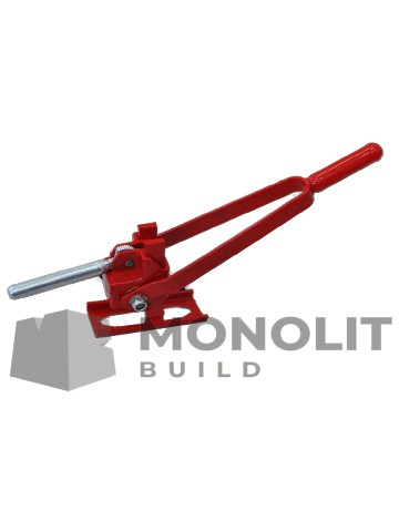 Reinforced key for spring clamp